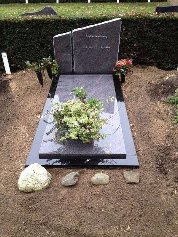 Granieten grafstenen